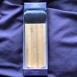 Tarte makeup brush